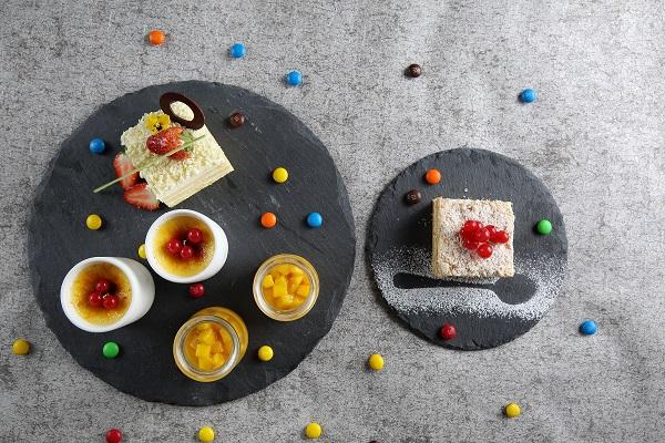 榴莲蛋糕&拿破仑&焦糖炖蛋&芒果布丁.jpg
