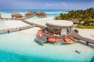 【單訂房】馬爾代夫卡尼島6天*一價全包ClubMed度假村*2晚沙灘會所房+2晚水屋*浮潛、風帆、豐富水陸活動免費無限次暢玩*等待確認