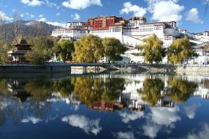【西藏自由行】双飞6天*往返机票含税*拉萨1晚挂牌四星酒店*报名即知航班<二次确认>